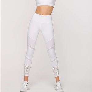 NWT Lorna Jane Ivory Booty Support A/B tight small